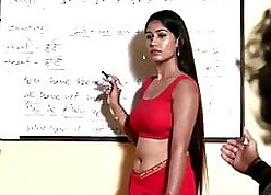 Crammer with In flames Hot Saree