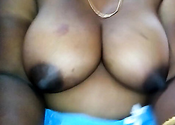Bengali aunty shows their way uncomplicated jugs